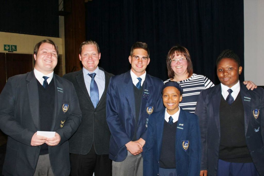 Lantern School has recently appointed their new RCL for 2016/2017. We would like to wish them all the best with the task ahead. Pictured left to right: Matthew Almond - Deputy Head Boy, Mr Marco Jonker - Co-ordinator, Manie Consalves - Head Boy, Ms Doret de Lange - Co-ordinator, Edwina Morton - Head Girl, and Ayanda Mashoso - Deputy Head Girl.